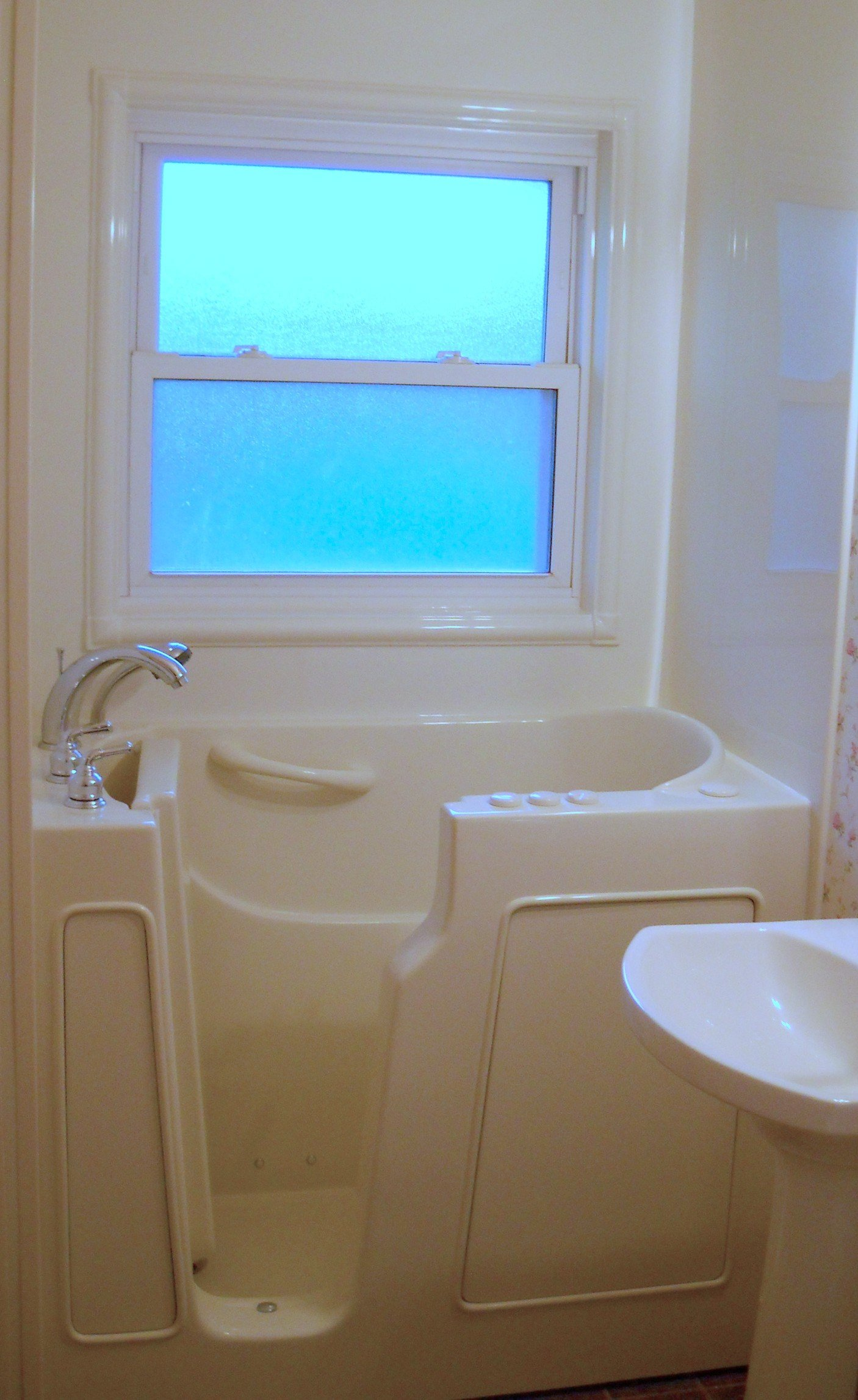 Safety tubs offer individuals the ability to maintain a safe ...