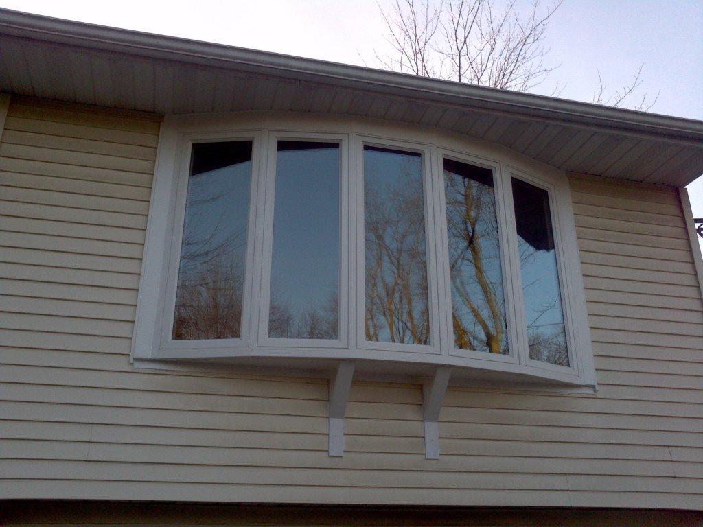 Bednarz bow window