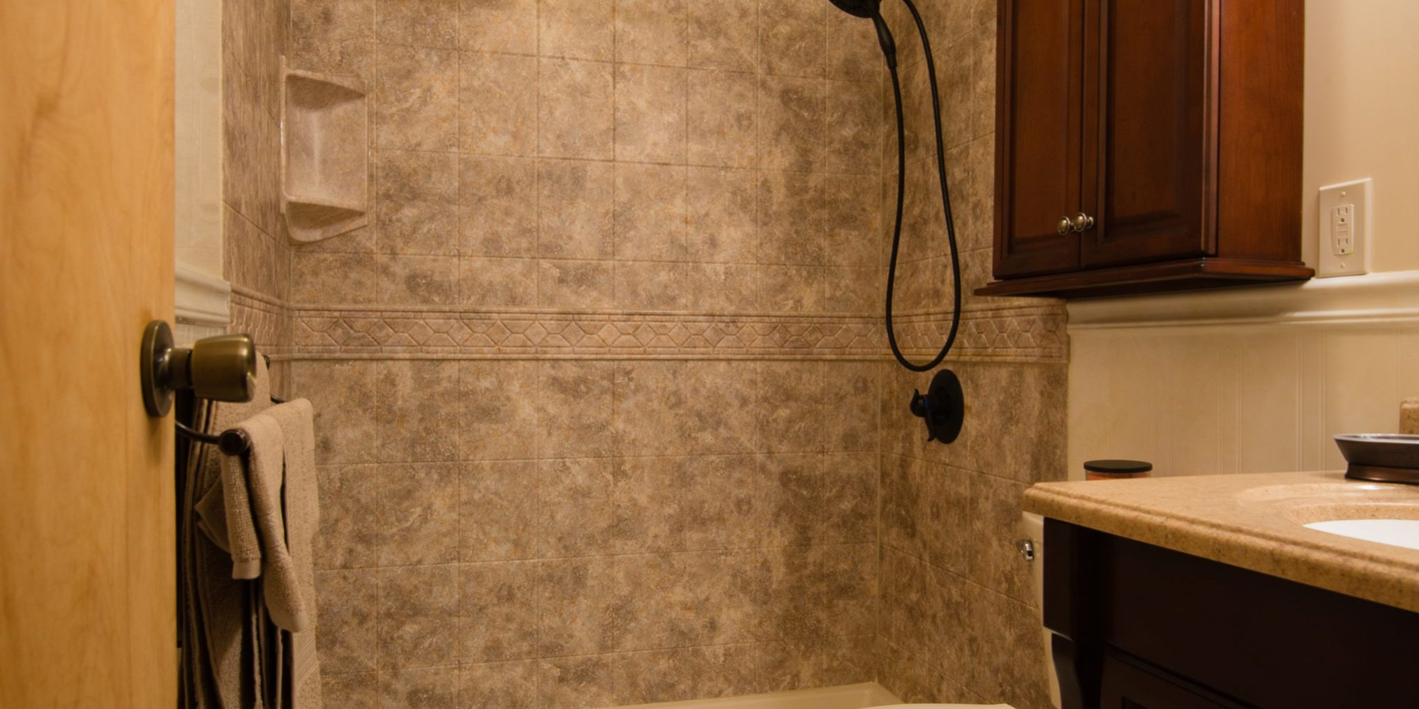 How Can I Easily Remodel My Utica Ny Bathroom New York
